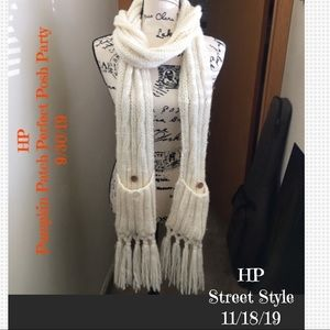🎉2X HP🎉 EUC Roxy Pocket Scarf